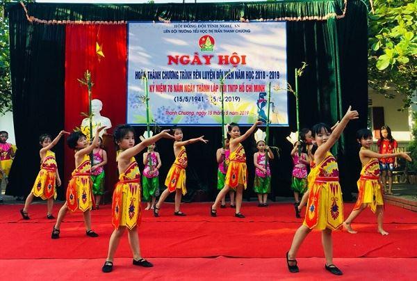 Nghệ An: Ngày hội Công nhận hoàn thành Chương trình Rèn luyện Đội viên tại các đơn vị điểm