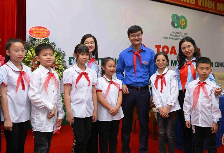 """Tọa đàm """"Đội TNTP Hồ Chí Minh - 80 mùa hoa lớn lên cùng đất nước"""""""