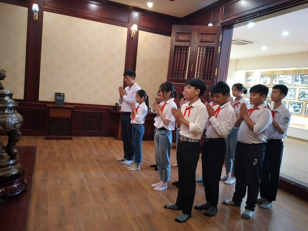 Bắc Giang: 20 tác phẩm lọt vào vòng Chung kết Cuộc thi Hát quốc ca tại địa chỉ đỏ