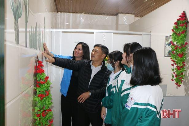 """Hà Tĩnh: Công trình măng non Nhà vệ sinh thân thiện"""" cho những ngôi trường ở TP Hà Tĩnh"""