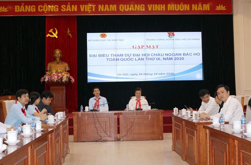 Bộ Giáo dục và Đào tạo gặp mặt, tặng Bằng khen cho đại biểu Cháu ngoan Bác Hồ toàn quốc lần thứ IX - năm 2020