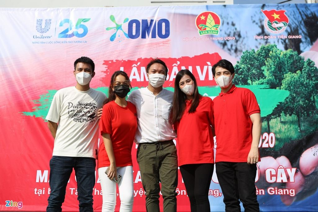 Hội đồng Đội Trung ương phối hợp với nhãn hàng Omo triển khai trồng rừng chống xâm nhập mặn