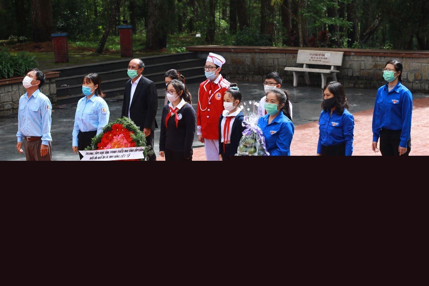 Lâm Đồng - Tổ chức các hoạt động tri ân nhân kỷ niệm kỷ niệm 74 năm ngày Thương binh liệt sỹ (27/7/1947-27/7/2021)
