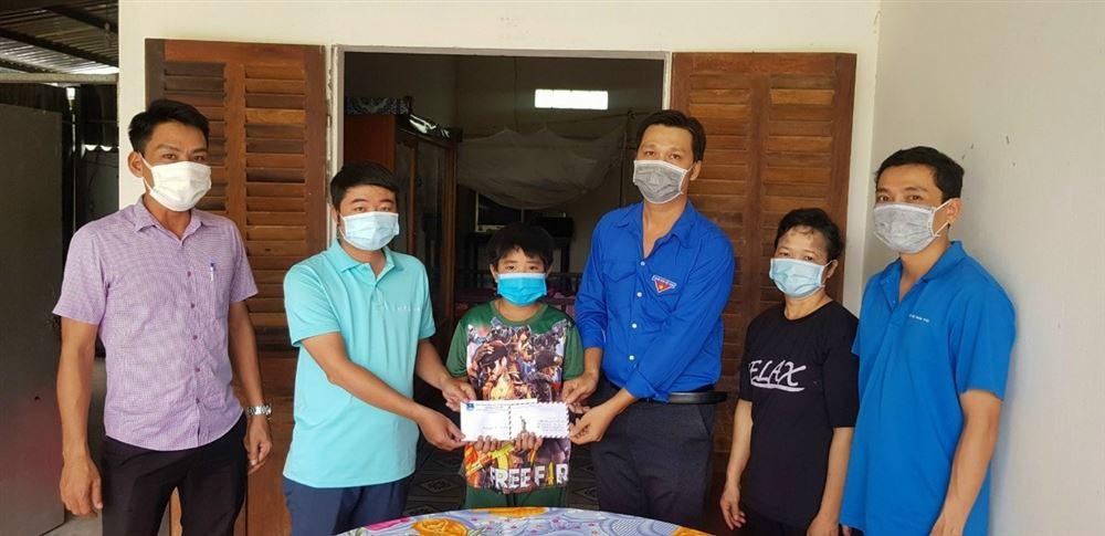 Câu lạc bộ tư vấn, trợ giúp trẻ em tỉnh Hậu Giang tiếp tục các hoạt động chăm lo cho trẻ em có hoàn cảnh khó khăn
