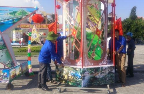 Lạng Sơn: Đêm hội trăng rằm cho các em thiếu nhi