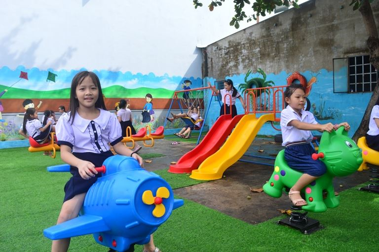 Đà Nẵng - Bàn giao Công trình Khu vui chơi cho trẻ em.