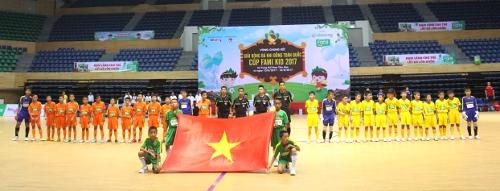 Sông Lam Nghệ An vô địch Giải bóng đá Nhi đồng toàn quốc cúp Fami Kids 2017