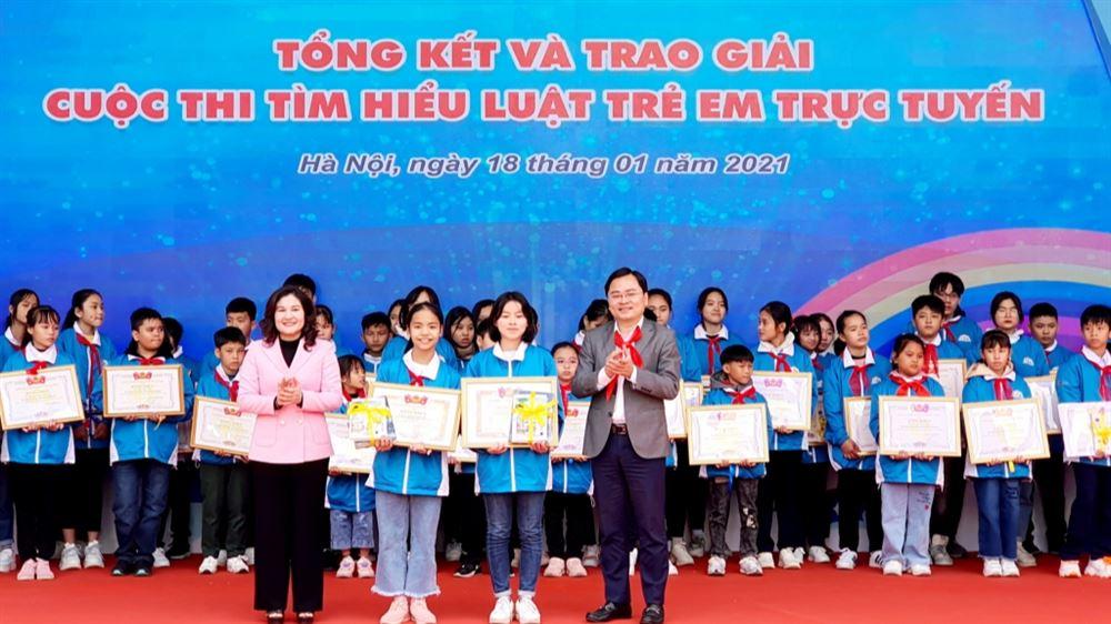 Chung kết và trao giải cuộc thi tìm hiểu Luật trẻ em trực tuyến