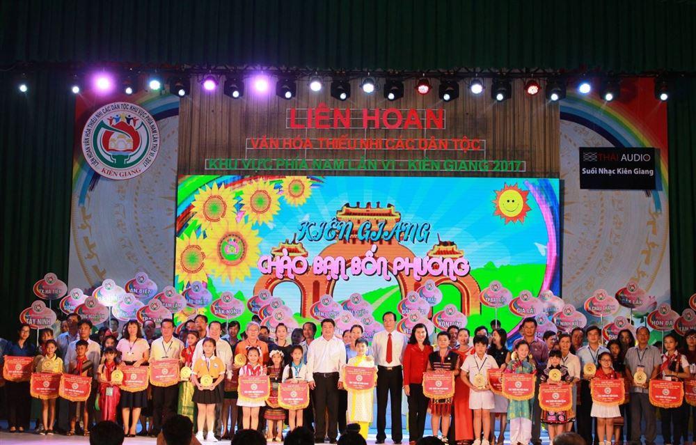 Liên hoan Văn hóa Thiếu nhi các dân tộc khu vực phía Nam lần thứ VI tại Kiên Giang