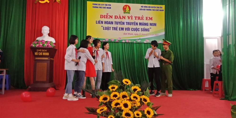 Liên đội Trường THCS Quế Nham (Bắc Giang) tổ chức Diễn đàn vì trẻ em